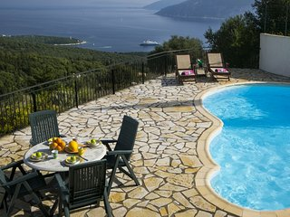 2 bedroom Villa in Fiskardo, Kefalonia, Greece : ref 2259556