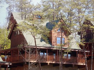Under the Southern Sky is the perfect cabin to create your family's, Sevierville