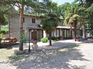 4 bedroom Villa in Subbiano, Tuscany, Italy : ref 2268172