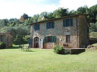 3 bedroom Villa in Capannori, Tuscany, Italy : ref 5477301