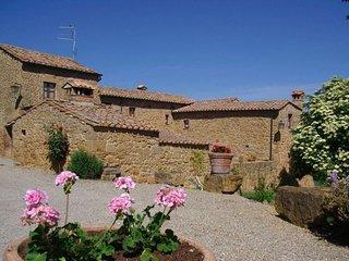 7 bedroom Villa in Pienza, Tuscany, Italy : ref 2268309
