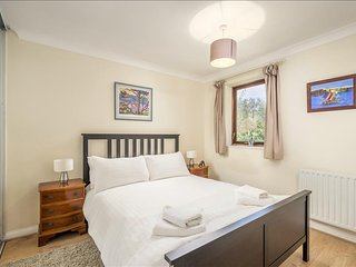 Gorgeous  3BR House with a Garden