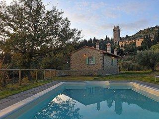 3 bedroom Villa in Camucia-Monsigliolo, Tuscany, Italy : ref 5477644