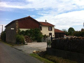 Chambres d'hotes / Bed & Breakfast  Les Glycines