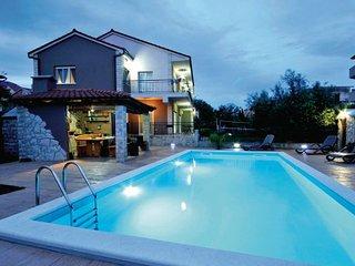 5 bedroom Villa in Trogir-Kastel Novi, Trogir, Croatia : ref 2276796, Kastel Stafilic