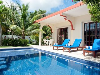 Relax by the sparkling pool and enjoy the ocean breeze., Puerto Morelos