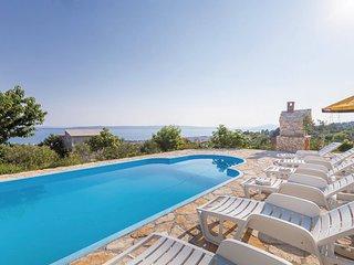5 bedroom Villa in Trogir-Kastel Sucurac, Trogir, Croatia : ref 2277037