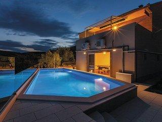 4 bedroom Villa in Trogir-Kastel Novi, Trogir, Croatia : ref 2278403, Kastel Stafilic