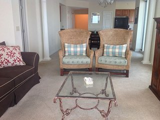 Beautiful 3 bedroom / 3 bath unfurnished condo with Gulf view!