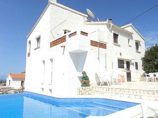 1 bis 2 Familien-Villa mit tollem 180° Meerblick, Denia