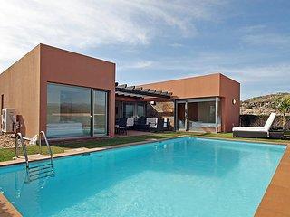 2 bedroom Villa in Maspalomas, Gran Canaria, Canary Islands : ref 2283380, Patalavaca