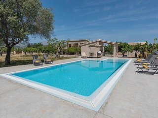 4 bedroom Villa in Selva, Mallorca, Mallorca : ref 2283383