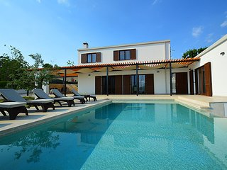 4 bedroom Villa in Sveti Petar u Sumi, Istria, Croatia : ref 2284100