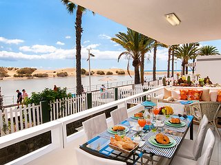 2 bedroom Apartment in Maspalomas, Gran Canaria, Canary Islands : ref 2284150, Meloneras