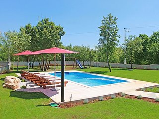 3 bedroom Villa in Pula Krnica, Istria, Croatia : ref 2284312