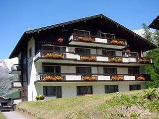 3 bedroom Apartment in Saas Fee, Valais, Switzerland : ref 2285479, Saas-Fee