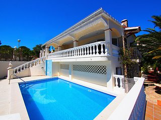 4 bedroom Villa in Roses, Costa Brava, Spain : ref 2285895