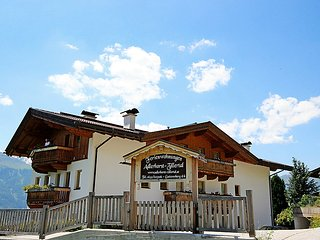 4 bedroom Apartment in Kaltenbach, Zillertal, Austria : ref 2295426
