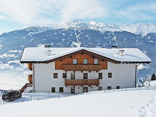 3 bedroom Apartment in Kaltenbach, Zillertal, Austria : ref 2295425
