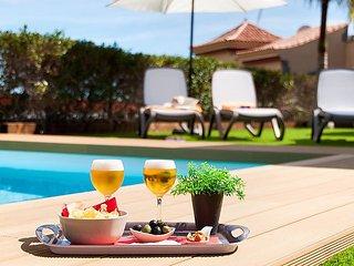 3 bedroom Villa in Maspalomas, Canary Islands, Spain : ref 5029384