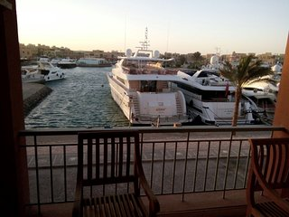 Comfortable 2 bedroom in El Gouna. Marina Area .