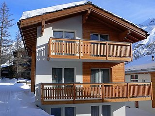 4 bedroom Apartment in Saas Fee, Valais, Switzerland : ref 2298885, Saas-Fee