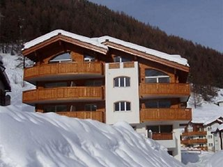 2 bedroom Apartment in Saas Fee, Valais, Switzerland : ref 2299227, Saas-Fee