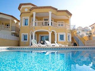 4 bedroom Villa in Calpe Calp, Costa Blanca, Spain : ref 2299241