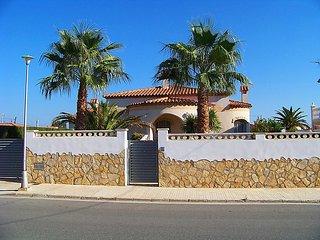 3 bedroom Villa in Miami Platja, Costa Daurada, Spain : ref 2299358
