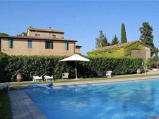 4 bedroom Villa in Siena, Tuscany, Italy : ref 2301193