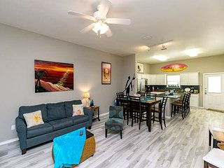TurnKey - Townhome at Padre Beach View Resort – Stroll to the Pool & Beach!