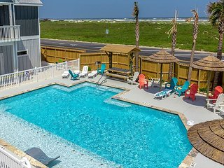 Brand New Townhome at Padre Beach View Resort – Stroll to the Pool and Beach!