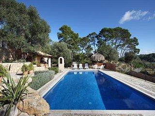 3 bedroom Villa in Sineu, Mallorca : ref 3909