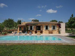 3 bedroom Villa in Porto Cristo, Mallorca : ref 4493