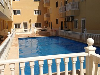 2 bed apartment with communal pool, Formentera del Segura