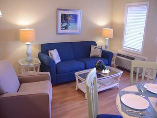 Ocean Dunes Villa 207 - 1 Bedroom 1 Bathroom Oceanfront Flat, Hilton Head