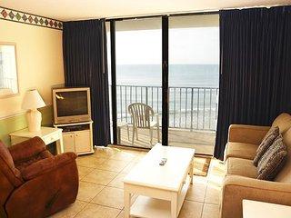 BEAUTIFUL 2 BEDROOM OCEAN FRONT CONDO