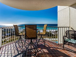 Panoramic beach views this unit! Promo SAVE150 for $150 off Aug/Sep