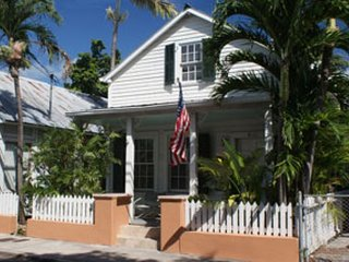Two Bedroom Historic Hideaway Olivia Retrea Private Pool  Key West- Monthly