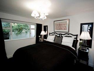 The K Kinsale - Deluxe Room - Super King Bed