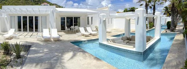 Coral Beach Club - Alabaster 2 Bedroom SPECIAL OFFER Villa Alabaster 2 Bedroom, Philipsburg