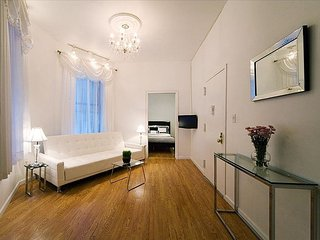 Times Square 3 Bedroom on 42nd Street B, New York City