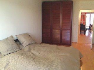 Ruhige und grosse 2 Zimmer Wohnung mit Sudbalkon
