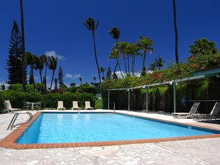 3 bed in Kaanapali AC walk to the Beach