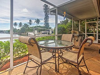 Waterfront 3BR Marco Island House w/Pool