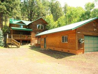 Creek View Lodge- Fun For Everyone, Flagstaff
