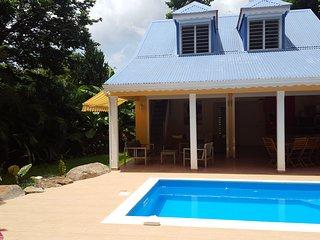 Villa neuve Piscine, 8 pers, 4ch clim,  Pigeon, Bouillante