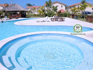 Lovely Condo with EXCLUSIVE Access to the Beach !!, Bávaro