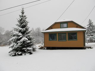 Sno-Trax near Big Powderhorn 2 BR, 1.5 bath, Bessemer