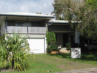 20 Mackay St Dicky Beach QLD
